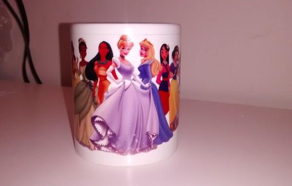"Taza sublimada de cerámica ""Princesas"""
