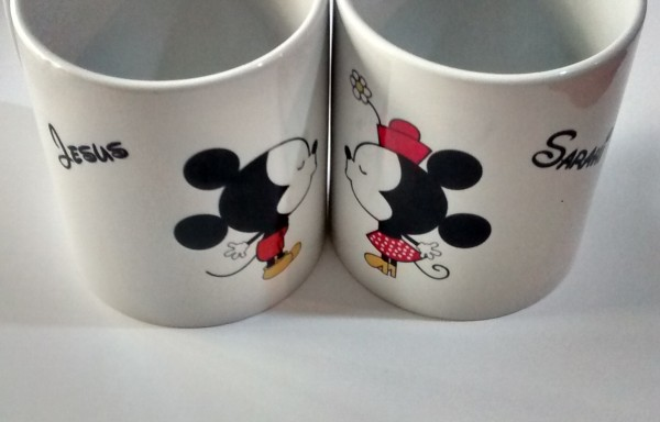 "Par de tazas sublimadas ""Mickey y Minnie"""